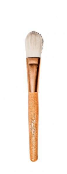 On-the-Go Liquid Foundation Brush